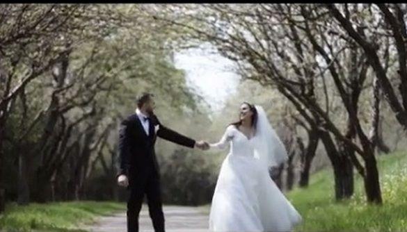 В сети появилось романтичное видео со свадьбы Джамалы
