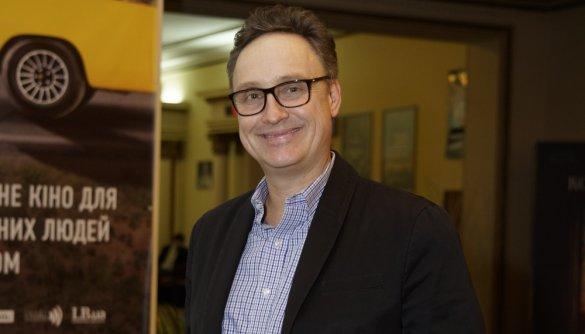 Тім Воррен: «Кіно – це добрий початок для розмови, а коли розмовляєш, починаєш краще розуміти один одного на людському рівні»