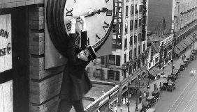Під час ОМКФ на Потьомкінських сходах покажуть стрічку «Безпека нижче за все!» з Гарольдом Ллойдом