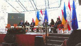У Варшаві держсекретар МІП озвучив формулу російської дезінформаційної кампанії - «4 F»