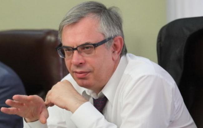 Голова Нацради пропонує не забороняти «Іронію долі» та «Життя Пі»