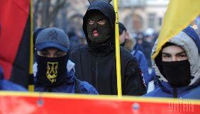 Під вибори чи під мобілізацію? Російські та окремі українські ЗМІ синхронно лякають загрозою войовничого націоналізму