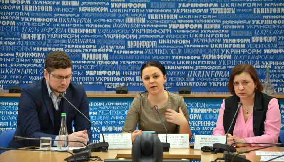 СМИ оккупированного Крыма формируют образ украинца как врага (ИССЛЕДОВАНИЕ)