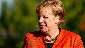 Потрібно створити кібервійська, оскільки Росія офіційно веде гібридну війну – Меркель
