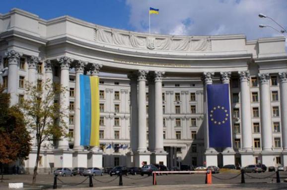 У МЗС України припускають варіант обміну Кирила Вишинського на Олега Сенцова