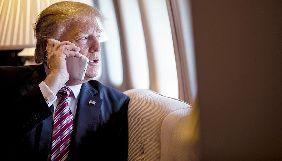 Дональд Трамп використовує окремий iPhone для ведення акаунта в Twitter – ЗМІ