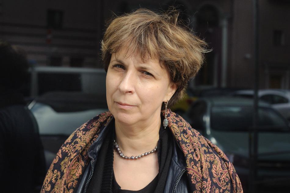 Зоя Свєтова попросила Макрона стати переговірником між Росією та Україною у справі Сенцова