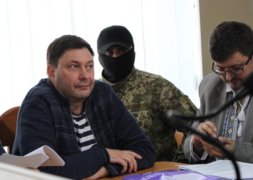 Заяви Вишинського про відмову від українського громадянства недостатньо для виходу з нього - ДМС