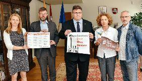 МЗС Литви закликало Росію звільнити Сенцова