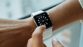 У Канаді присудили штраф за відволікання на Apple Watch за кермом