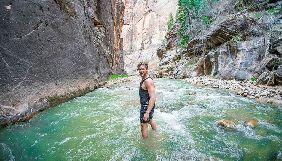 Популярні тревел-блогери загинули на водоспаді, рятуючи подругу