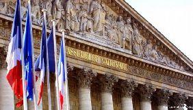 Парламент Франції ухвалив закон проти фейкових новин