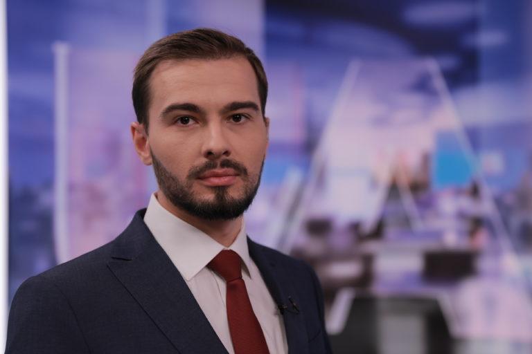 Колишній військовий кореспондент «1+1» Євгеній Агарков став новим ведучим UATV