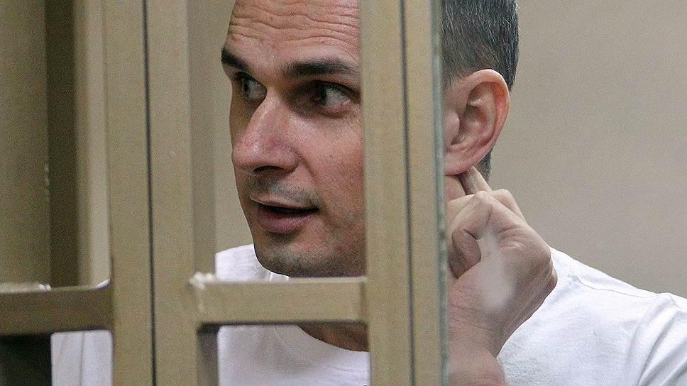 У Службі виконання покарань РФ заявили, що стан голодуючого два місяці Сенцова «задовільний»