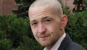 Побитий в Миколаєві журналіст Дмитро Булаш не пов'язує напад з професійною діяльністю