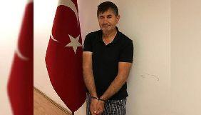 Приватні адвокати Туреччини відмовляються захищати журналіста Юсуфа Інана – син