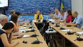 Довіра, патерналізм і пасивність: як українці ставляться до громадських організацій