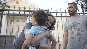 У Мінську Слідчий комітет звільнив кількох журналістів, затриманих у справі «БелТА» (ФОТО)