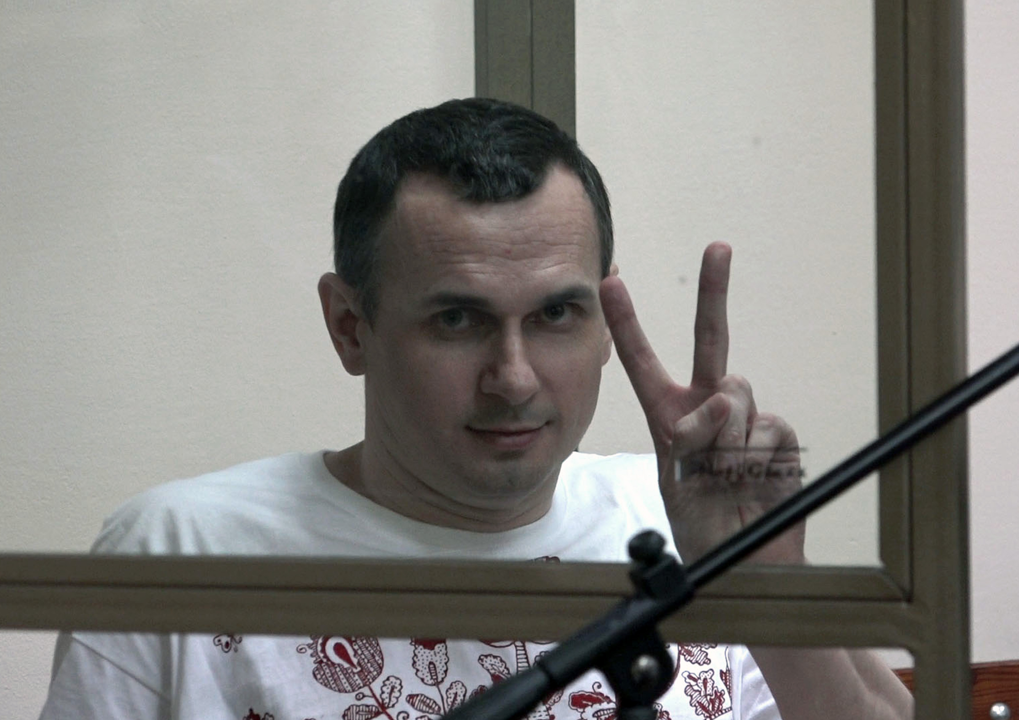 Євросоюз очікує від Росії надання Сенцову необхідного лікування і звільнення всіх незаконно затриманих українців