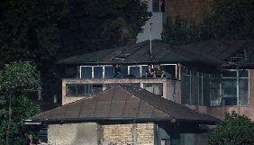 Іранська фотографка залізла на дах аби зняти футбольний матч