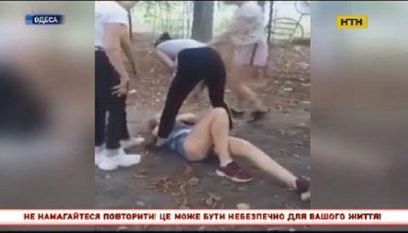 «Не пытайтесь повторить»: как в новостях показывали жестокое избиение подростка