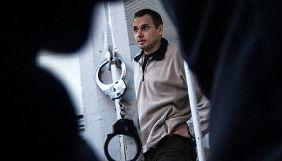 Порошенко у розмові з Меркель заявив про необхідність у негайному звільненні Сенцова