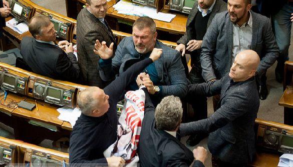Депутат Береза подрался с Шуфричем из-за фейкового поста Бойко (в том числе)