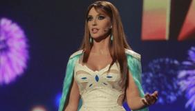 Оксана Марченко вышла на сцену в «волосатом» платье (ФОТО)