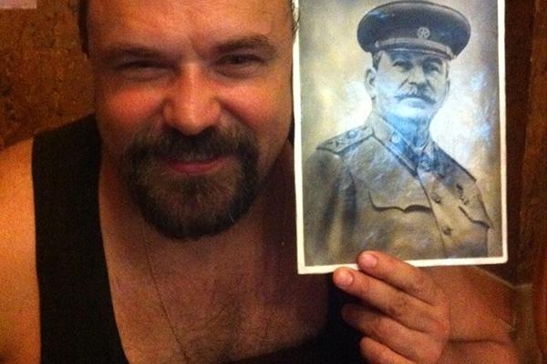 «Политбеженец» Саша Чаленко всплыл в эфире канала «Россия» (ВИДЕО)