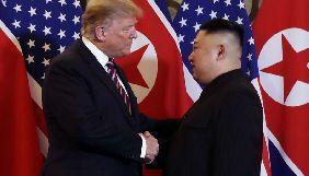 Чотирьох журналістів прес-пулу Білого дому не пустили на висвітлення вечері Трампа та Кім Чен Ина