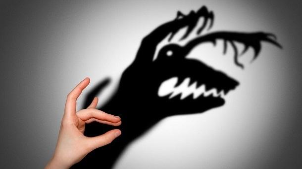 Журналістика страху? Телеканали транслюють недоведені заяви про небезпеку для українців