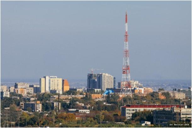 Моніторинг регіональних телеканалів. Як дотримуються стандартів теленовинарі Дніпра