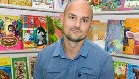 Письменник Дерманський припиняє співпрацю з «1+1» через політику телеканалу