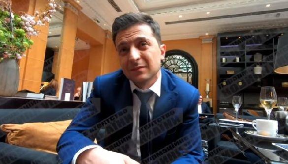 Кто взял интервью у Владимира Зеленского в Париже?