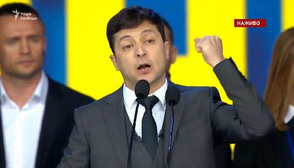 Зеленський згадав про «повстанців ДНР і ЛНР» і про медреформу: «Яка це нафіг реформа?»