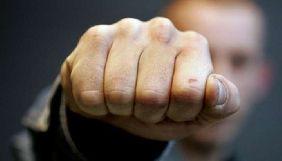 Журналіст Олег Батурин повідомив, що депутат Херсонської облради погрожував йому «переламати коліна»