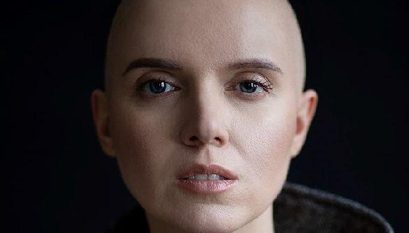 Яніна Соколова випустить автобіографічні фільм і книгу про онкохвору журналістку