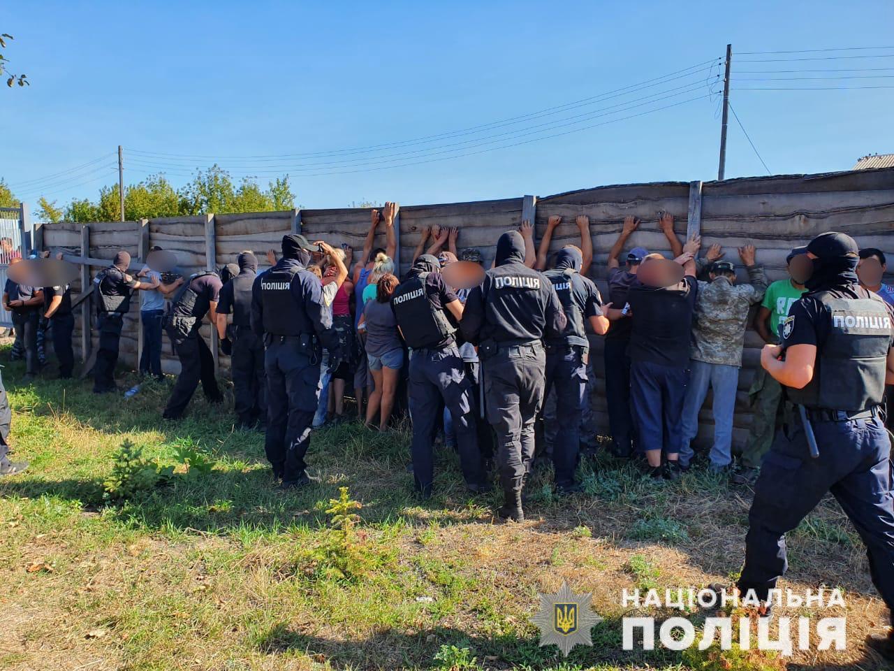 На Харківщині затримали 49 ймовірних учасників нападу на знімальну групу каналу «112 Україна»