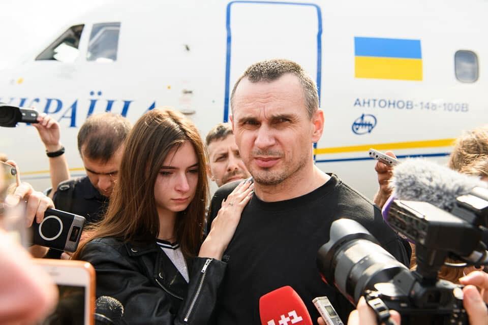 Сенцов після повернення в Україну з'явився у соцмережі (ВИПРАВЛЕНО)