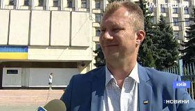 Смерть Центрвиборчкому, «кнопкодави» від «слуг народу», відвертості від звільнених полонених і питання до NewsOne