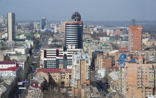 Моніторинг регіональних каналів: як дотримуються стандартів теленовинарі Донеччини