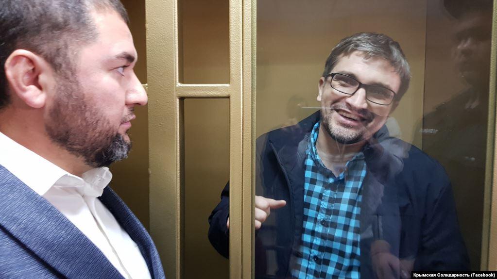 У РФ кримського блогера Мемедемінова засудили до 2,5 років позбавлення волі