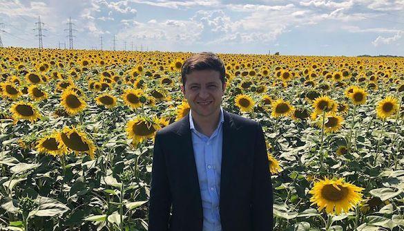 «А чому не на рибному ринку?»: медійники коментують пресмарафон Зеленського на київському ринку їжі (ДОПОВНЮЄТЬСЯ)