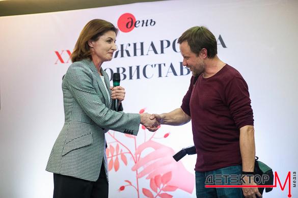 """У Києві триває 21-а фотовиставка газети """"День"""""""