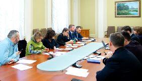 Рада з питань свободи слова та захисту журналістів на першому засіданні заслухала інформацію щодо погроз «Схемам»