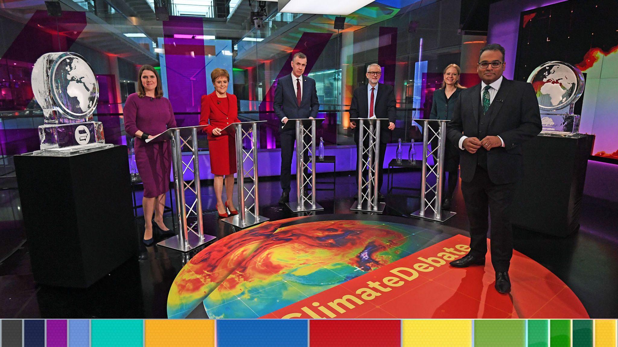 Прем'єр Британії не прийшов на теледебати з питань клімату, його замінили крижаною фігурою Землі
