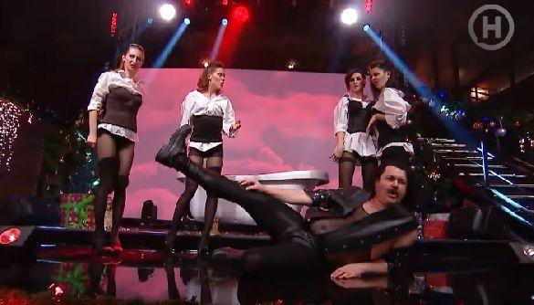 Как на Новом канале Педан с Притулой пошутили над коллегами в новогоднем шоу