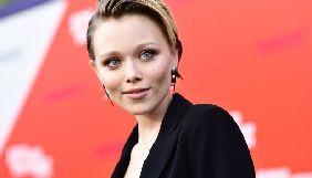 Голівудська актриса українського походження заразилась коронавірусом