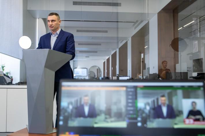 Кличко закликав журналістів «не кошмарити лікарів»