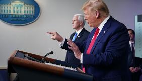 «Репортери без кордонів» закликали Трампа припинити напади на журналістів